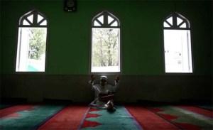 Qur'an Study in a Kathmandu Mosque, Neoal