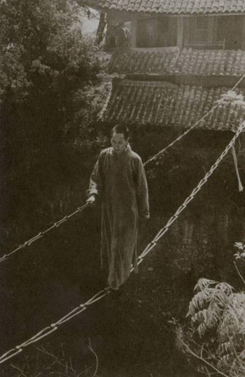aCh'an-monk-001