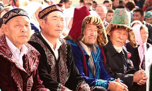 Kazak-9ff2-fyqwiqi8554481