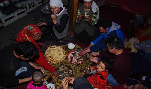 Tajik-b45d-fyqwiqi8554717